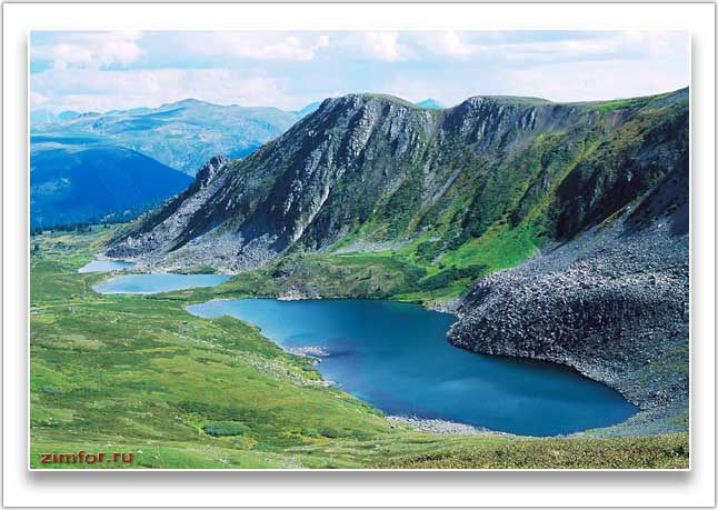 Горная долина в Республике Алтай