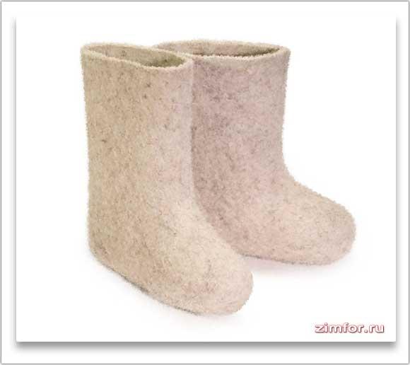 Русская национальная зимняя обувь