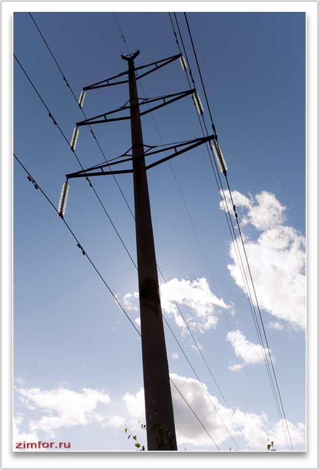 Линия электропередач. Высоковольтный столб
